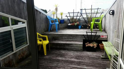 Loft 109 Backpackers Hostel - Accommodation - Tauranga