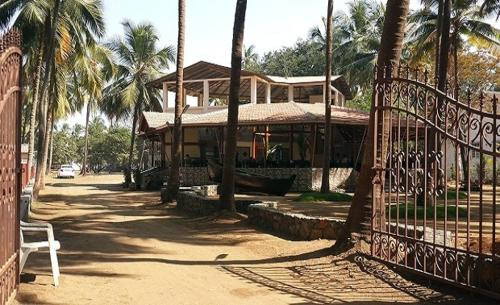 Sea Facing Super Deluxe Stay, Palghar