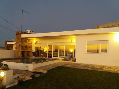 Genuine Summer House, Torres Vedras