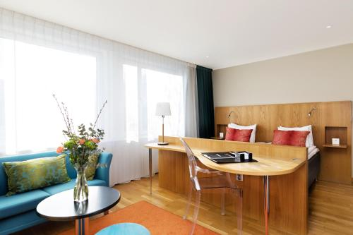 . Hotel Aveny