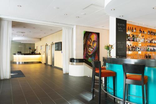 __{offers.Best_flights}__ Hotel Aveny