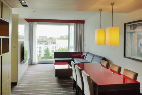Radisson Blu Media Harbour Hotel, Düsseldorf photo 34