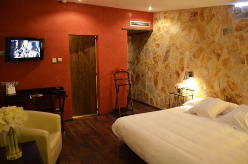 Superior Double Room with Terrace Hotel Galena Mas Comangau 52