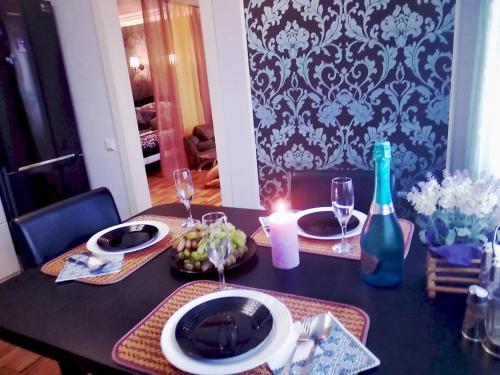 . luxury studio apartments in the Art Deco style