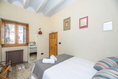 Double Room - Disability Access - single occupancy Manuel de La Capilla 2