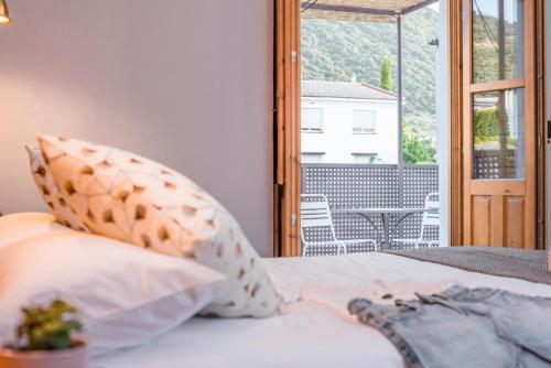 Double Room with Terrace - single occupancy Manuel de La Capilla 4