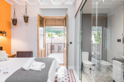 Double Room with Terrace - single occupancy Manuel de La Capilla 5