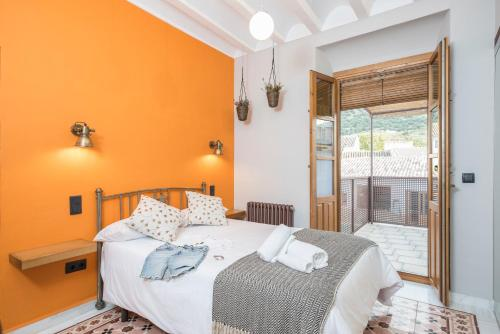 Double Room with Terrace - single occupancy Manuel de La Capilla 9