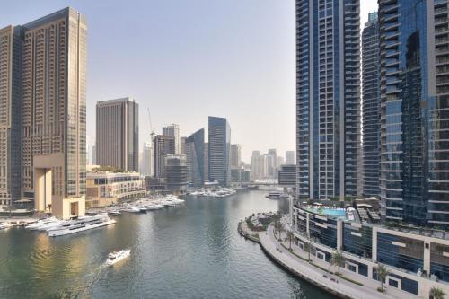 Yallarent Marina-Continental Tower - image 3