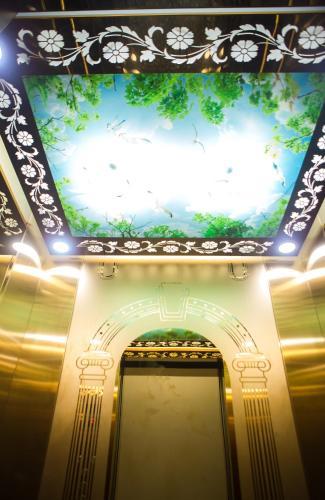 Tri?U Hoàng Hotel