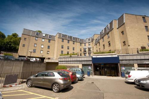 Britannia Edinburgh Hotel - Photo 4 of 42