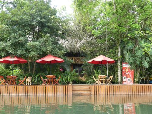 . Hotel Kangaroo y Las Mexicanas