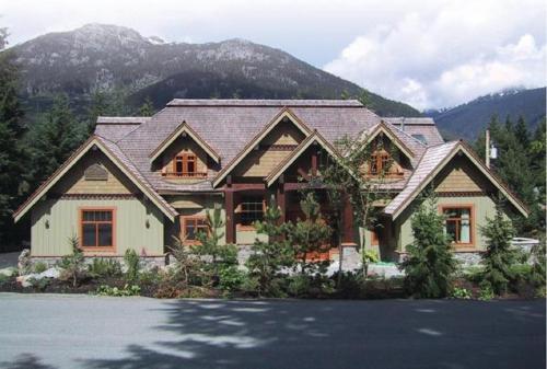Whistler Alpine Chalet Retreat & Wellness - Whistler Blackcomb