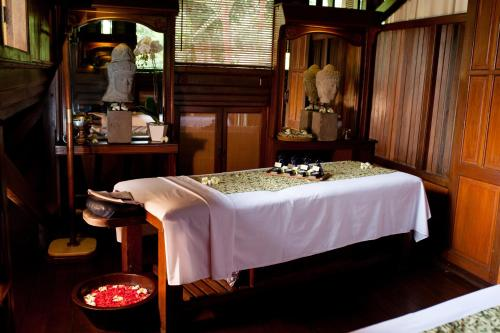 Special Offer - Stay for minimum 3 nights at Ibah Suite get Complimentary Spa Treatment