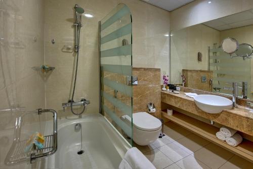 Al Khoory Executive Hotel, Al Wasl Представительский двухместный номер с 1 кроватью или 2 отдельными кроватями