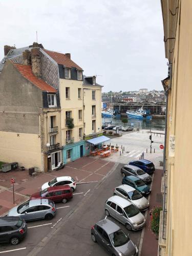 2 Place Louis Vitet