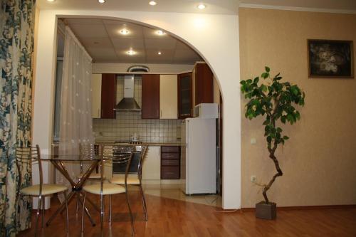 . Apartments on Alleya Geroev