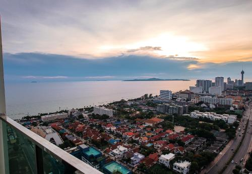 Dusit Grand Condo View by VIK Dusit Grand Condo View by VIK