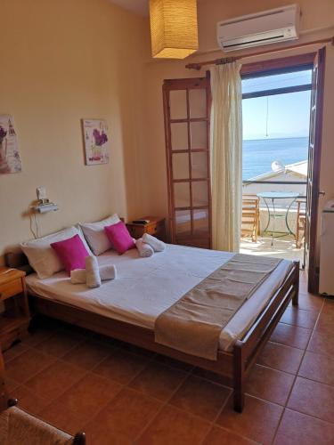 . romanza rooms