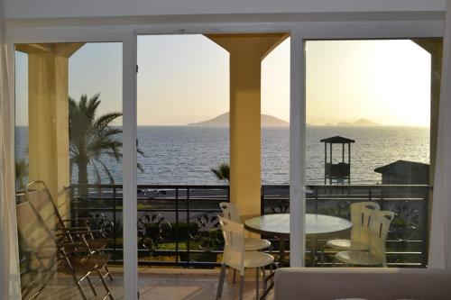 Fethiye Sunset A8 1 Beds Seafront Apts harita