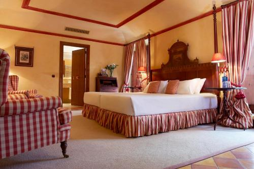 Superior Double Room Gran Hotel Son Net 7