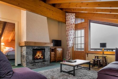 Two-Bedroom Apartment - Penthouse Petit Combin