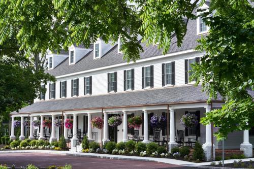 128 Main Street, Groton, MA 01450, United States.