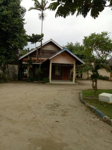 Villa Alamanda Anyer, Pandeglang