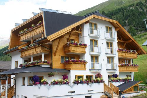 Haus Bergkristall - Accommodation - Obergurgl-Hochgurgl