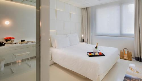 Habitación Doble Deluxe - Uso individual The Mirror Barcelona 30