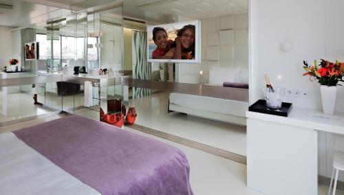 Deluxe Doppelzimmer The Mirror Barcelona 23