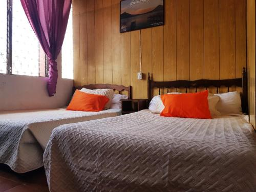 Hotel Metropolitano стая снимки