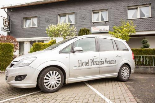 . Hotel Pizzeria VENEZIA