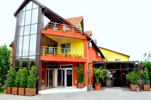 . Hotel Andrei