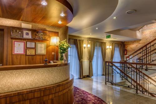 . Hotel-Restauracja Platan