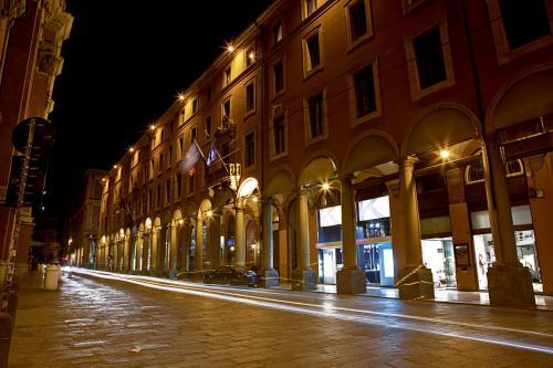 Grand Hotel Majestic già Baglioni, Via Indipendenza, 8, 40121 Bologna, Italy.
