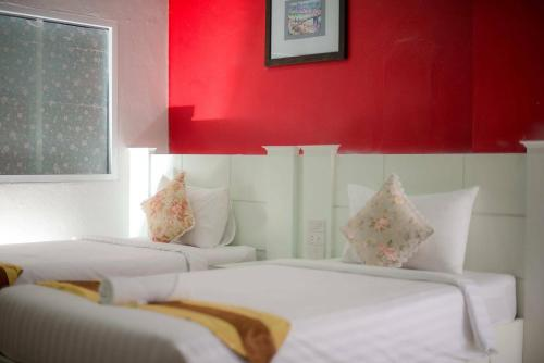 Waen Petch Place Hotel In Ubon Ratchathani Thailand 20