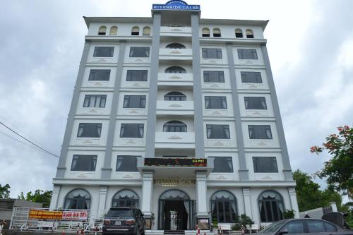 . Riverside Cai Be Hotel
