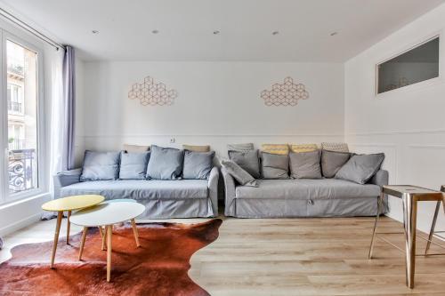 17 Luxury Parisien Flat Montorgueil 2 photo 2