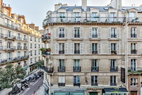 18 Luxury Parisien Home Montorgueil 2 photo 4