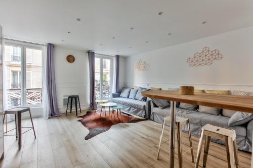 17 Luxury Parisien Flat Montorgueil 2 photo 10