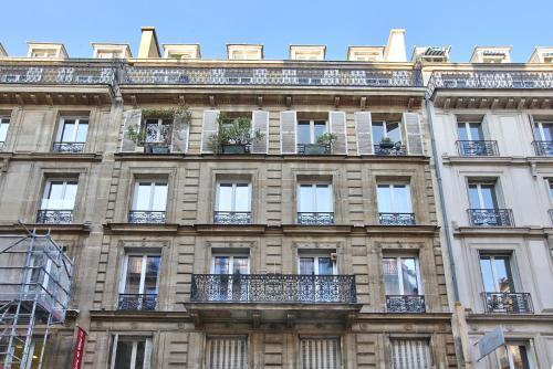 17 Luxury Parisien Flat Montorgueil 2 photo 11