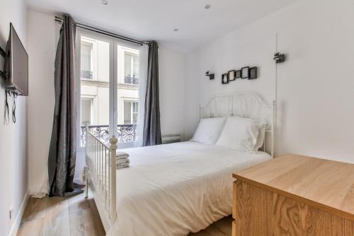 17 Luxury Parisien Flat Montorgueil 2 photo 20