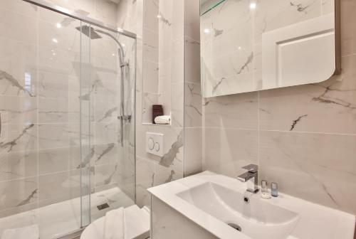 64-LUXURY FLAT CHAMPS ELYSEES (1D) photo 10