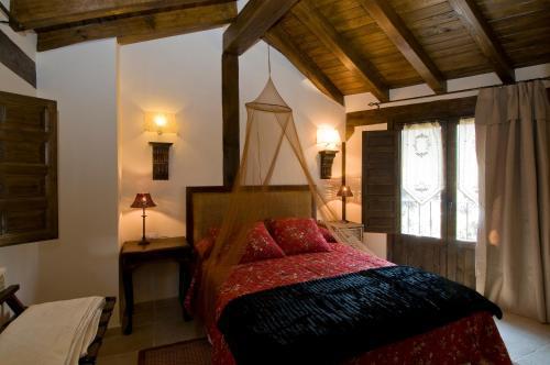 Four-Bedroom House Casa Tio Conejo 32