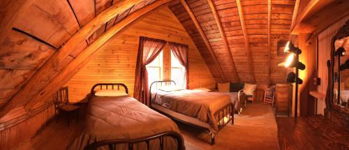 Bald Mountain Camps - Rangeley, ME 04964