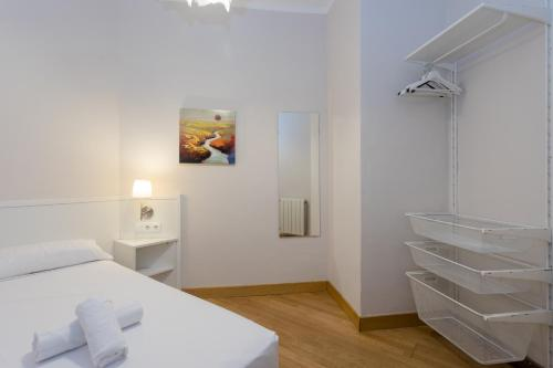 Sagrada Familia - Gaudi Apartment photo 15