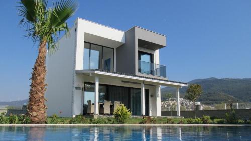 Guzelcamlı Gold Life Villa adres
