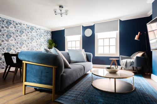 The Old Station House - Stylish & Central 2BDR Apartment