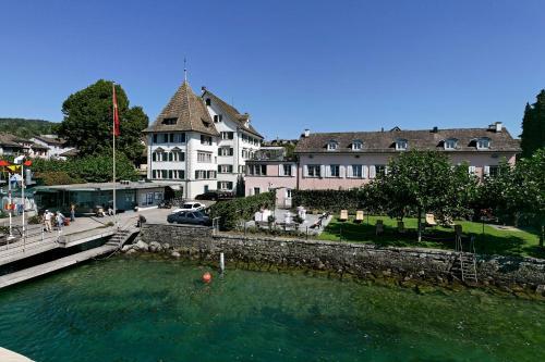 Seehotel Sonne - Hotel - Küsnacht